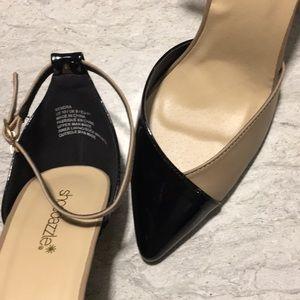 Shoe Dazzle Shoes - SHOEDAZZLE size US10 pointy toe heel, tan & black